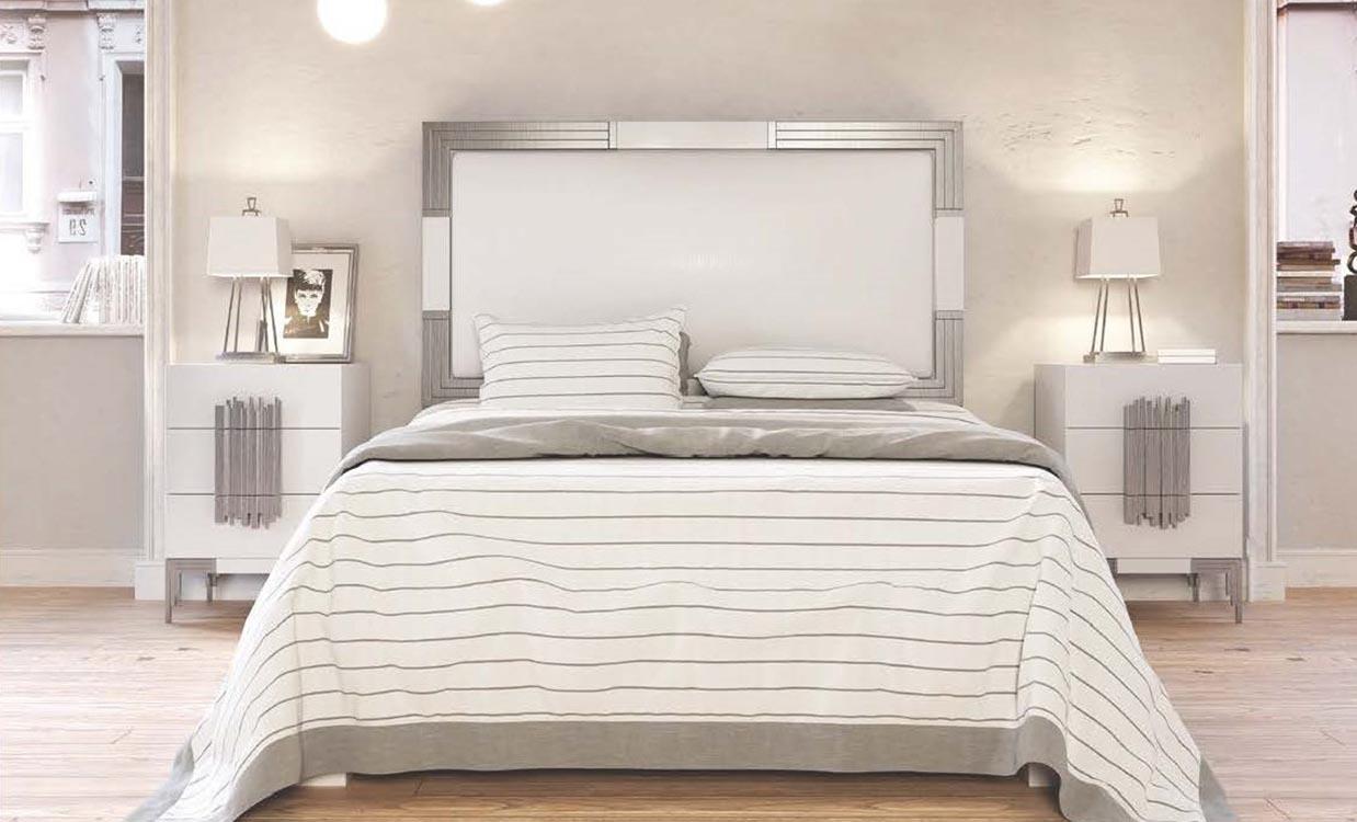 http://www.munozmuebles.net/nueva/catalogo/dormitorios-clasicos.html -  Establecimientos de muebles negros