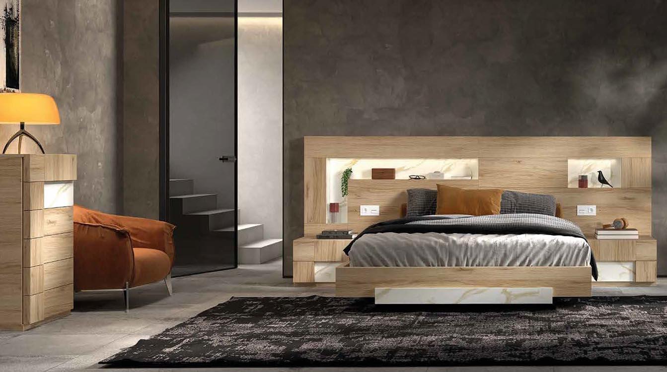 http://www.munozmuebles.net/nueva/catalogo/dormitorios-actuales.html -  Foto de muebles de color magenta