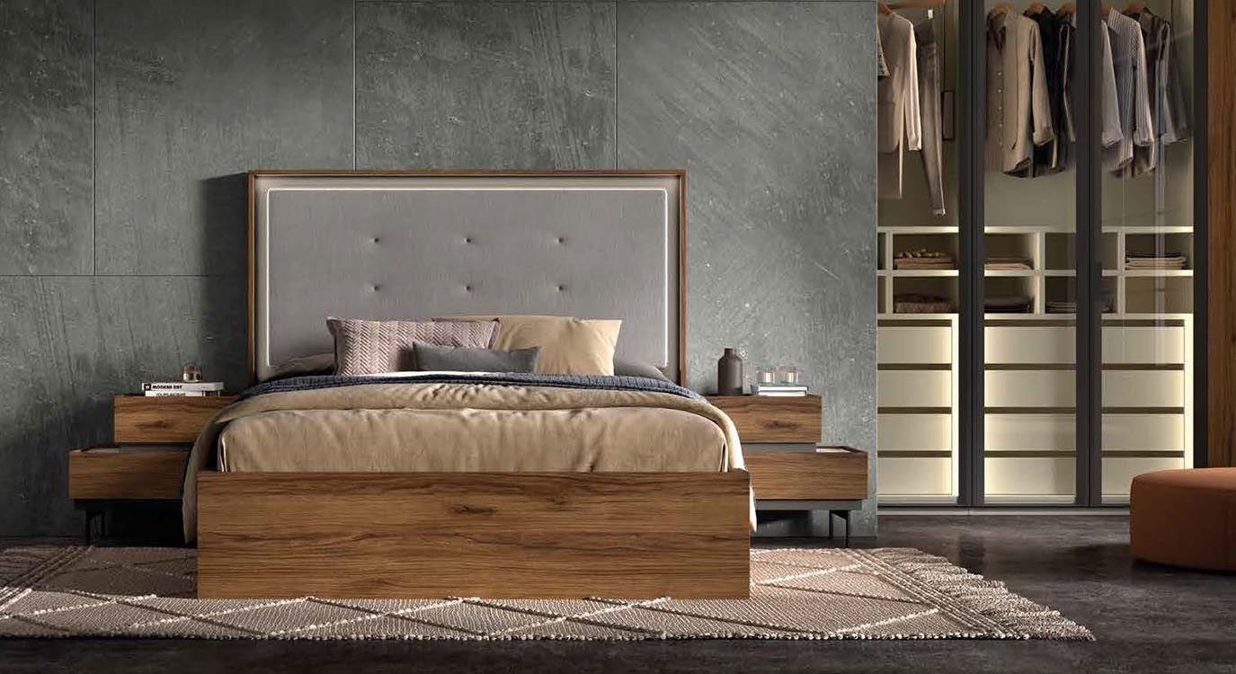 http://www.munozmuebles.net/nueva/catalogo/dormitorios-actuales.html -  Conjuntos de muebles de madera de peral