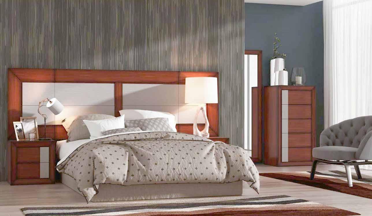 http://www.munozmuebles.net/nueva/catalogo/dormitorios-clasicos.html - Fotos con  muebles de color azul marino