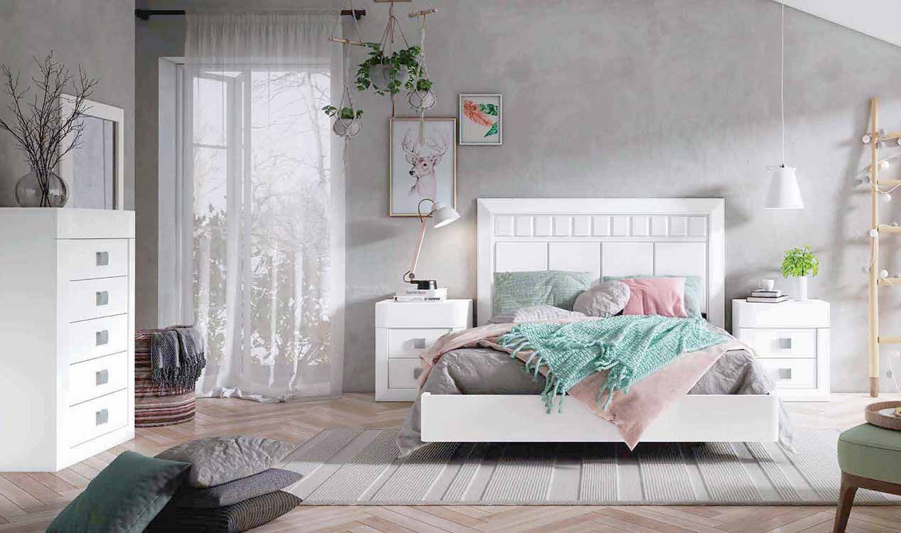 http://www.munozmuebles.net/nueva/catalogo/dormitorios-clasicos.html - Imagen con  muebles granates