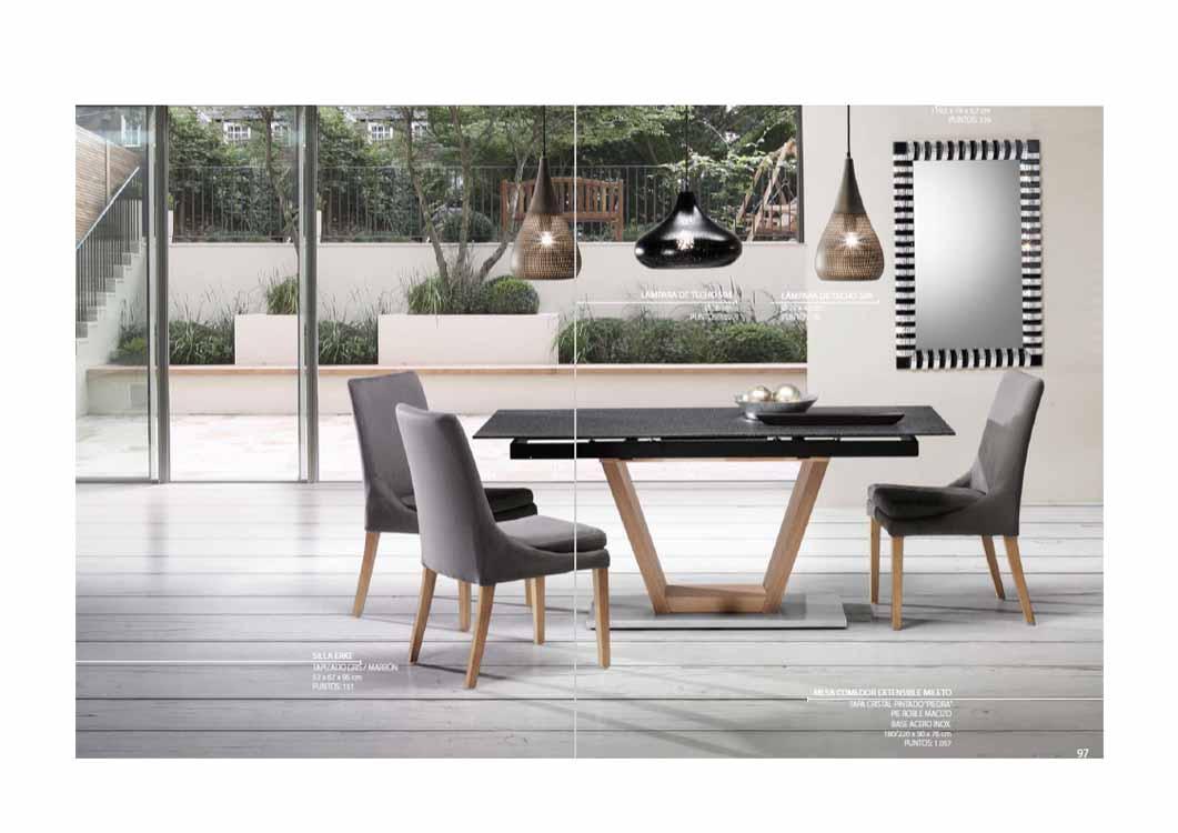 http://www.munozmuebles.net/nueva/catalogo/catalogos-silleria.html - Fotografía con muebles  de madera de haya